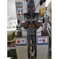Máquina de Fechar Base Hidráulica Poppi